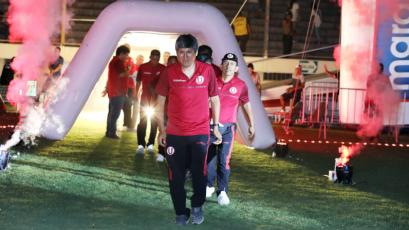 Universitario le hace un especial reconocimiento a su utilero 'Pajita' por sus 47 años en el club