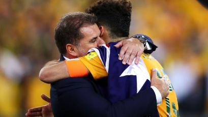 Australia se queda sin entrenador a 7 meses para el Mundial