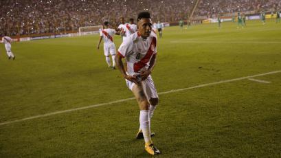 FIFA eligió a Christian Cueva como el más ofensivo de Perú
