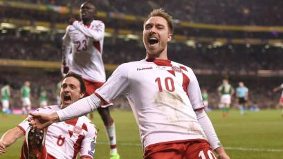 Cristian Eriksen clasifica a Dinamarca al Mundial