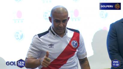 Deportivo Municipal presentó oficialmente a Egidio Arévalo Ríos