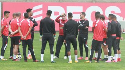 Selección peruana suma su cuarto día de entrenamiento