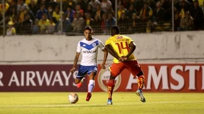 Copa Sudamericana: Vélez, con Luis Abram, clasificó a la segunda fase tras superar a Aucas