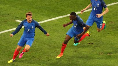 Francia se clasificó al mundial tras vencer a Bielorrusia (2-1)