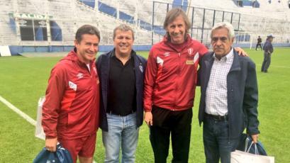 Perú se entrena en Velez Sarsfield para el partido contra Argentina