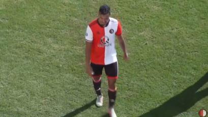 Renato Tapia fue titular en la victoria del Feyenoord sobre Karlsruher