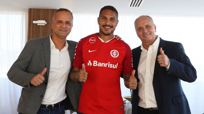Inter de Porto Alegre hizo oficial fichaje de Paolo Guerrero
