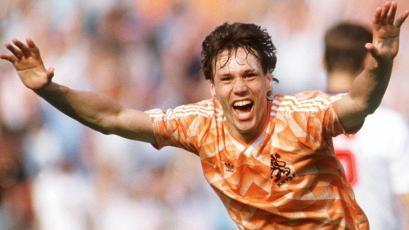 A 32 años de la obra de arte de Marco van Basten en la final de la Eurocopa 1988 (VIDEO)