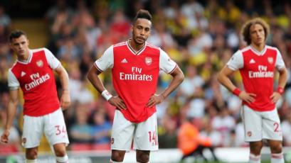 Arsenal desperdició dos goles y terminó igualando ante el Watford