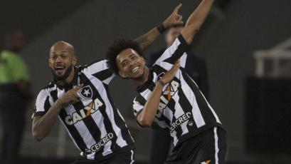 Botafogo venció al Nacional de Uruguay y será rival de Gremio en cuartos de final