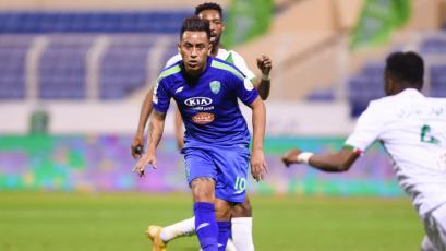 Christian Cueva fue titular en Al-Fateh y jugó un partido completo después de casi cuatro meses