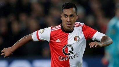 Renato Tapia: Feyenoord ganó en la reaparición del peruano