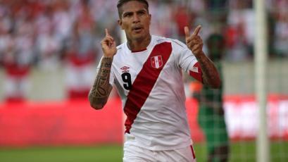 """Paolo Guerrero: """"Tenemos que mejorar de cara al primer partido"""""""