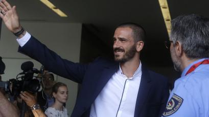 Leonardo Bonucci cierra su incorporación al AC Milan