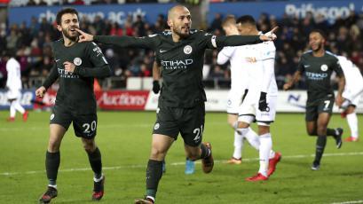 Manchester City goleó 4-0 al Swansea y batió un récord histórico
