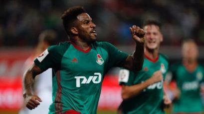 Jefferson Farfán marcó en la caída del Lokomotiv frente al Porto