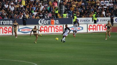 Con Advíncula, Aquino y Ávila, Lobos BUAP empató frente a Pumas