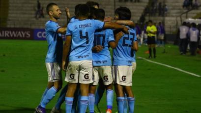 Cristal vuelve a golear a Unión Española y ya está en octavos de final