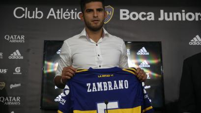 Boca Juniors presentó oficialmente a Carlos Zambrano como nuevo refuerzo (VIDEO)