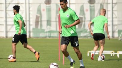 Paolo Hurtado y el Konyaspor se preparan para una nueva jornada