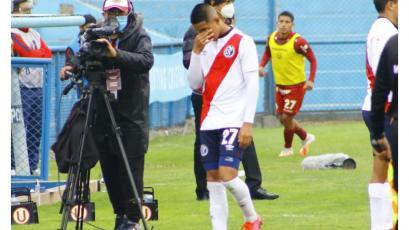 Las lágrimas de Rodrigo Vilca tras disputar su último partido con Deportivo Municipal (VIDEO)