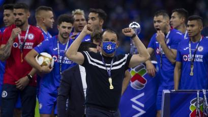 Juan Reynoso: un experto campeonando en clubes con años sin trofeos