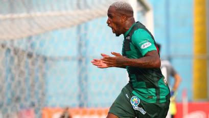 Jefferson Farfán volvió a los entrenamientos con Alianza Lima