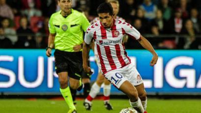 Edison Flores jugó en empate del Aalborg