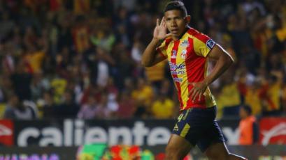 Edison Flores marcó por segunda vez consecutiva en triunfo parcial del Morelia (VIDEO)