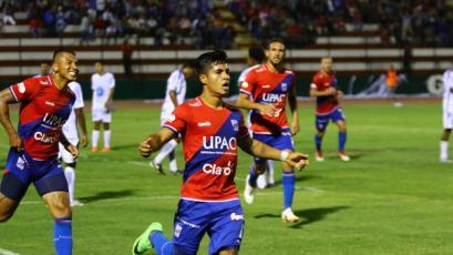 Carlos Mannucci supera de forma agónica a Santos FC y se lleva la primera victoria