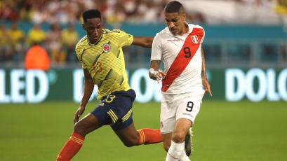 Selección Peruana: Paolo Guerrero estuvo muy cerca de abrir el marcador ante Colombia (VIDEO)