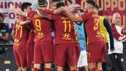 Roma superó 2-1 al Milan que continúa en crisis