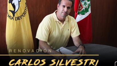 Carlos Silvestri renovó con la Academia Cantolao