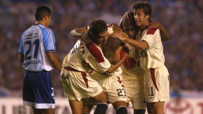 Un día como hoy, Universitario empataba 1-1 con Racing en Avellaneda por Copa Libertadores (VIDEO)
