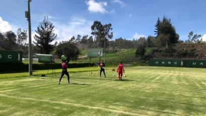 El fútbol de Ecuador volvió a los entrenamientos después de 87 días de receso