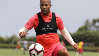 Universitario de Deportes: Alberto Rodríguez ya entrena con balón