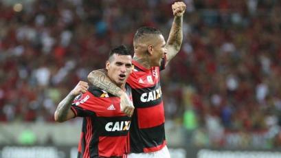 Flamengo: Guerrero y Trauco titulares para enfrentar a Chapecoense