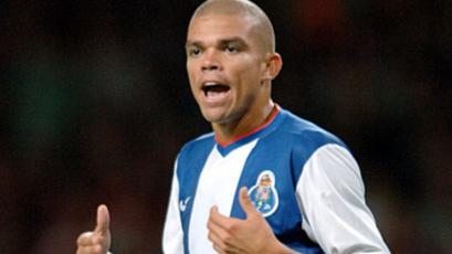 Pepe, a un paso de volver al Porto