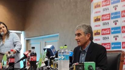 """Juan Carlos Oblitas: """"Mi función aquí es hablar con Ricardo, convencerlo"""""""