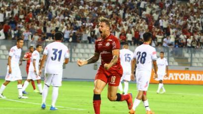 Universitario superó 3-2 a San Martín con dos goles de Germán Denis