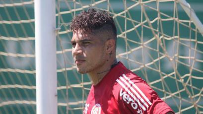 Paolo Guerrero anotó un gol en práctica del Inter de Porto Alegre