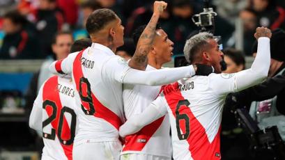 En España, Zambrano, Trauco y Guerrero conforman el once ideal de la Copa América