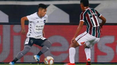 Alexander Lecaros deja Botafogo y jugará a préstamo en el Avaí