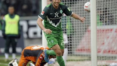 Claudio Pizarro tendrá su cuarto período en el Werder Bremen