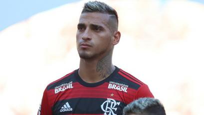 San Lorenzo espera respuesta de Flamengo por Miguel Trauco