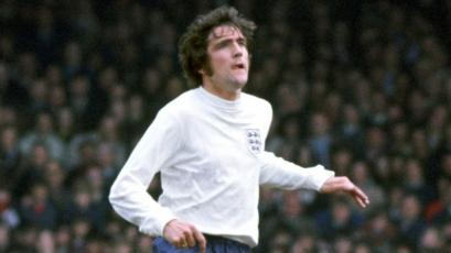 Norman Hunter, leyenda del fútbol inglés y campeón en el Mundial de 1966, murió por coronavirus
