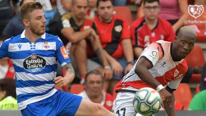 Rayo Vallecano, con Luis Advíncula, sumó su primera victoria ante Deportivo la Coruña