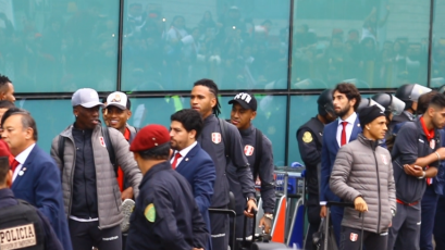 Selección Peruana llegó a Lima en medio de un gran recibimiento
