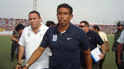 """José Soto: """"Sueño con volver a Alianza Lima como técnico"""""""
