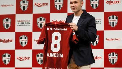 Iniesta fue presentado como nuevo jugador del Vissel Kobe japonés